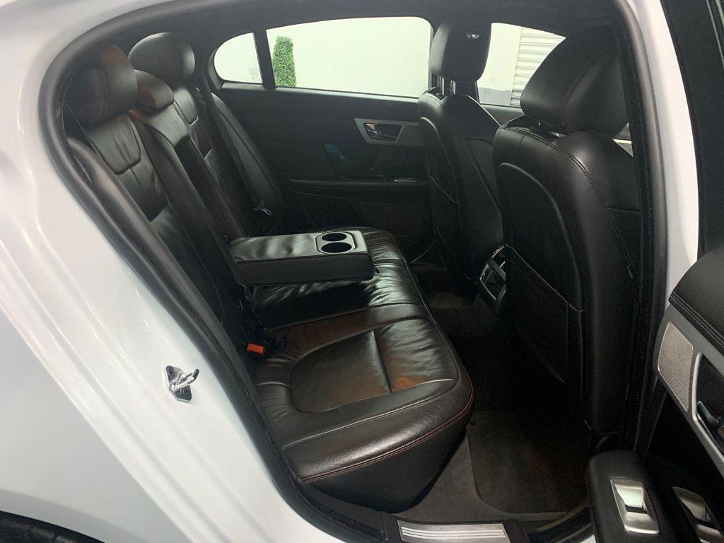 Jaguar XF Full Set Luxury BLACK /& RED Trim Car Seat Covers Protectors