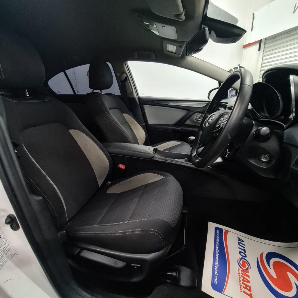2015 Toyota Avensis 2.0 D-4D BUSINESS EDITION Diesel Manual  – AJM Sales Ltd Dungannon full