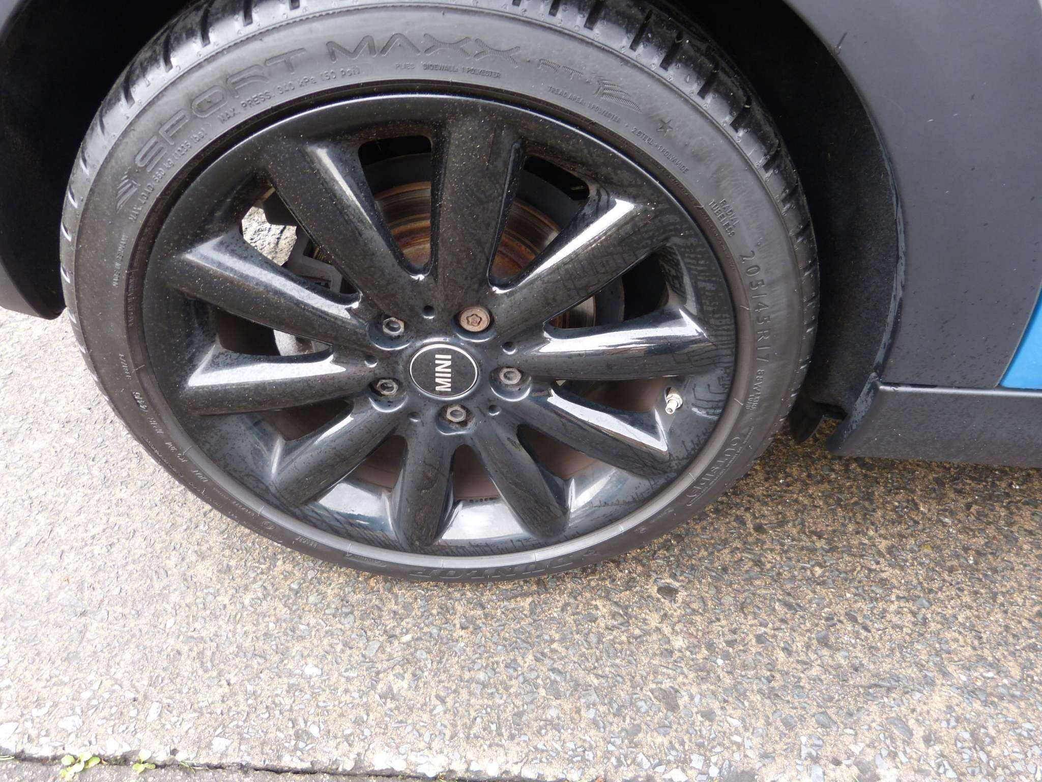 2017 MINI Hatch 1.5 Cooper D (s/s) Diesel Manual  – Beechlawn Motors Belfast full