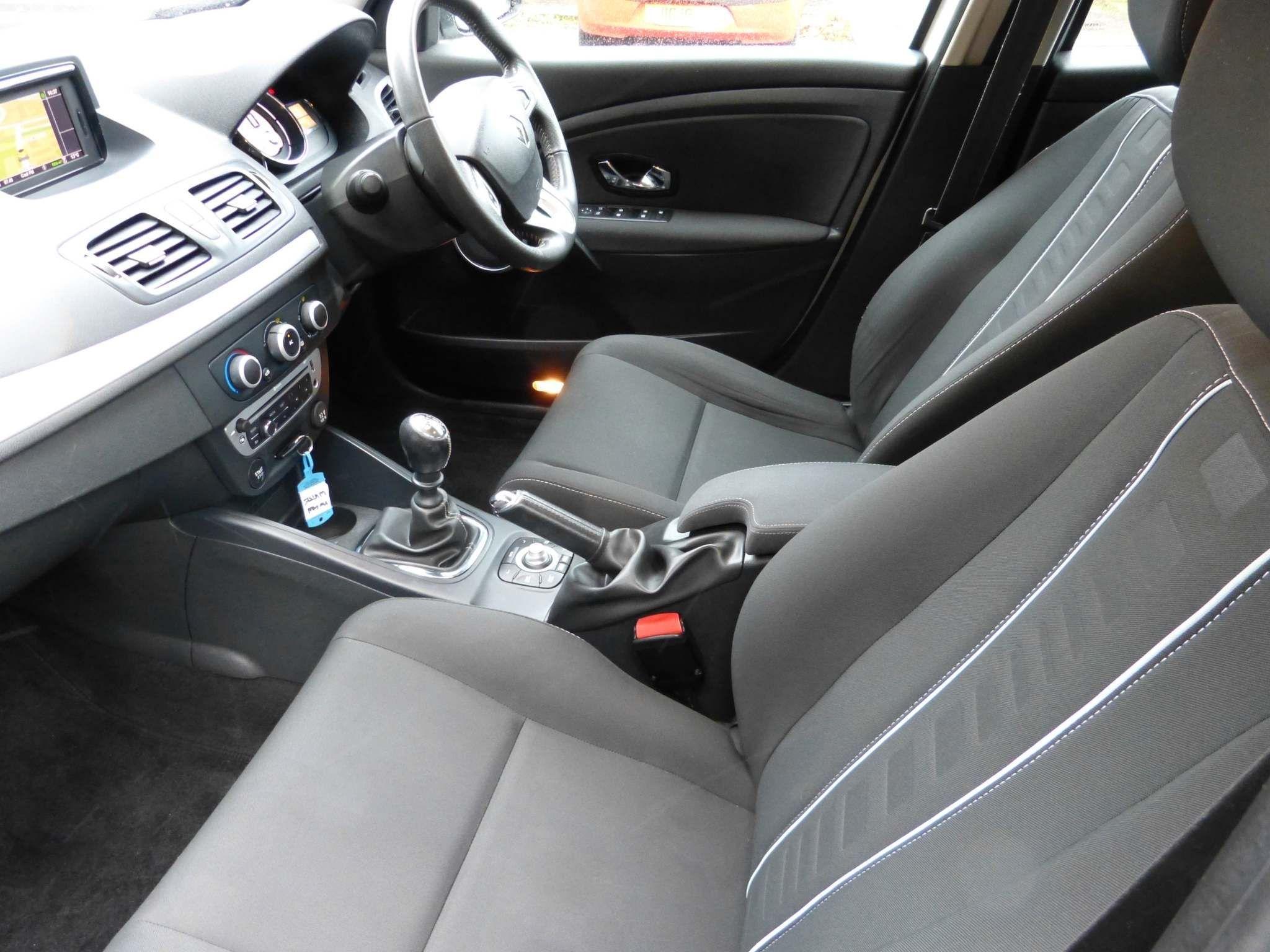 2012 RENAULT Megane 1.6 16v Dynamique Tom Tom  (Tom Tom) Petrol Manual  – Beechlawn Motors Belfast full