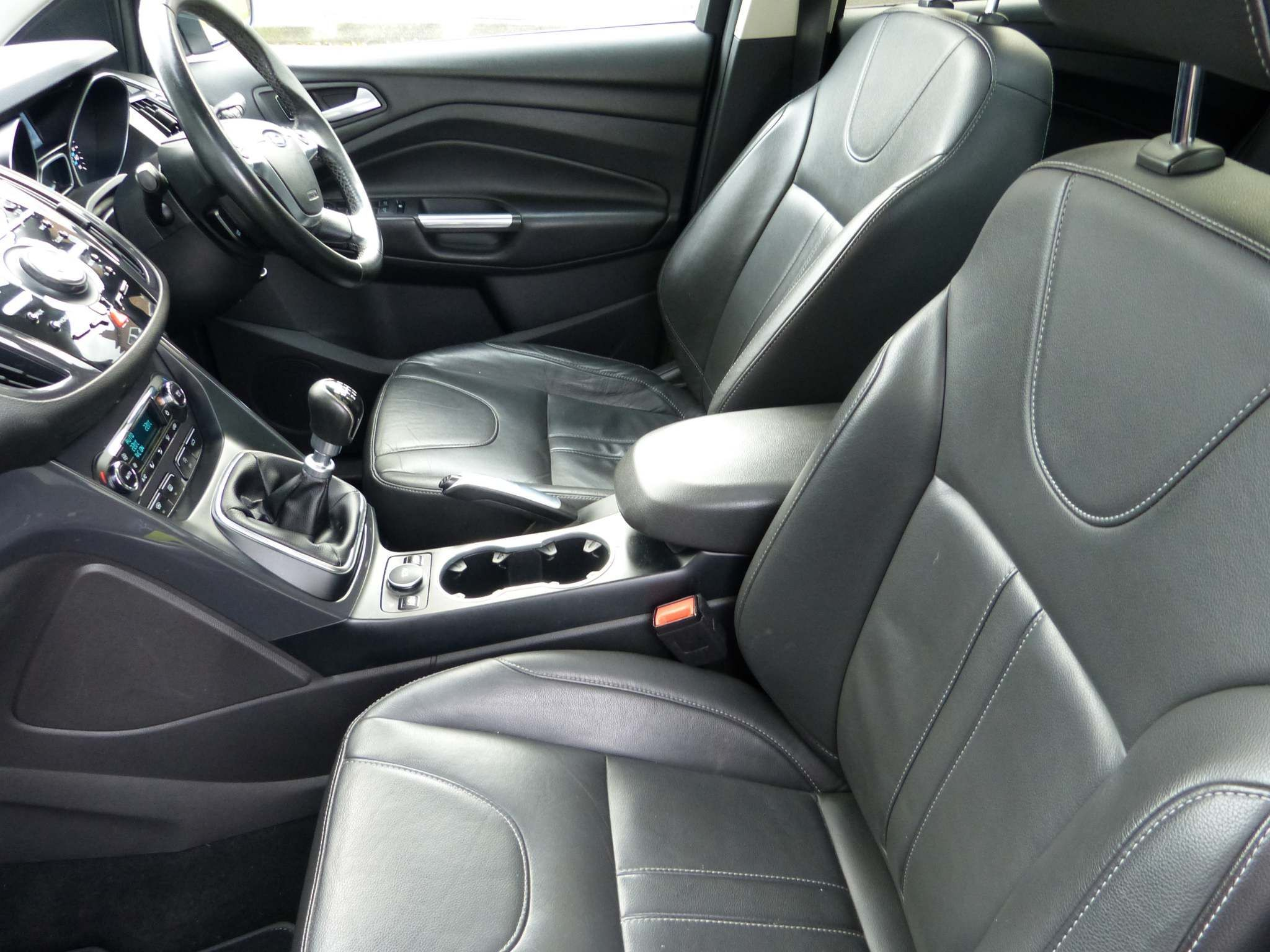 2015 FORD Kuga 2.0 TDCi Titanium X Diesel Manual full leather – Beechlawn Motors Belfast full