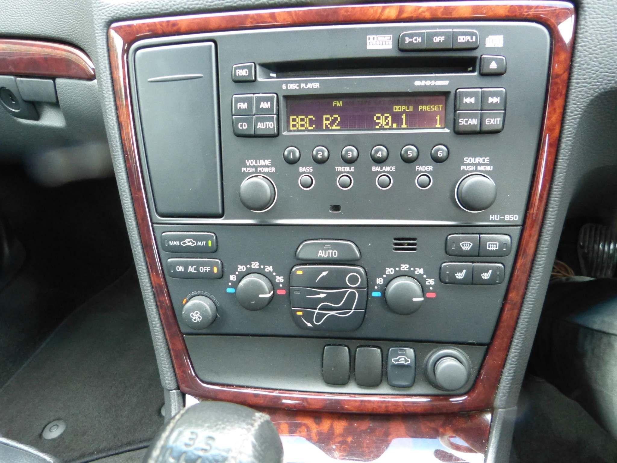 2007 VOLVO S60 2.4 D SE Diesel Manual  – Beechlawn Motors Belfast full