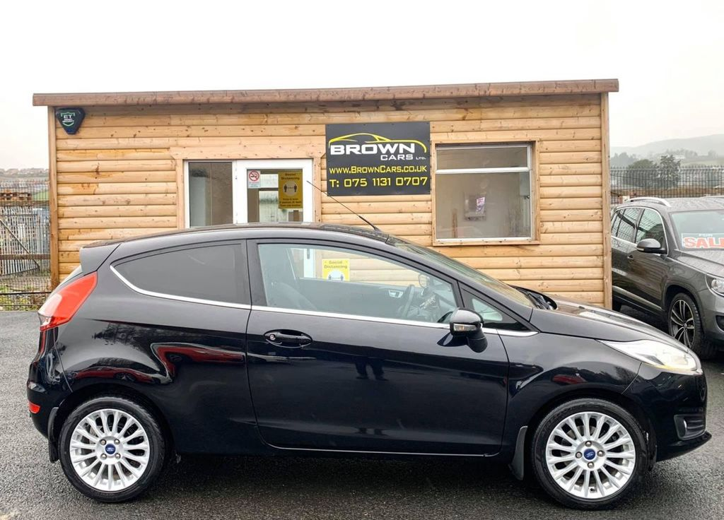 2013 Ford Fiesta 1.0 TITANIUM Petrol Manual **** Finance Available**** – Brown Cars Newry full