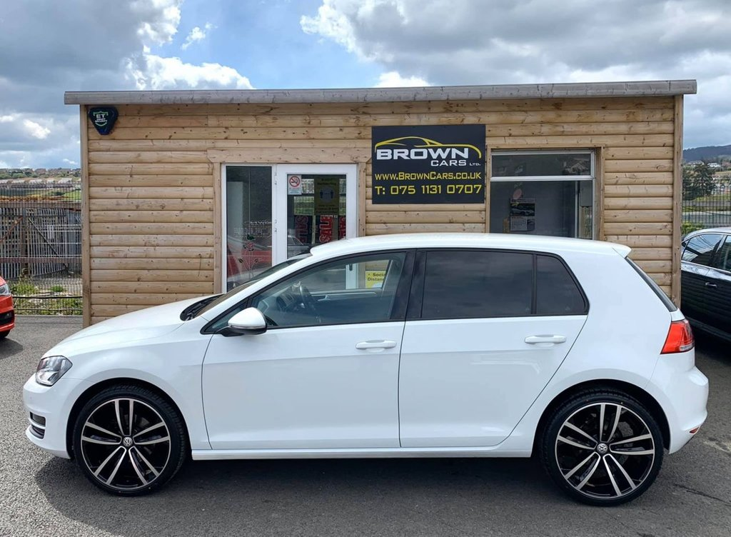 2016 Volkswagen Golf 1.6 MATCH TDI BLUEMOTION TECHNOLOGY Diesel Manual **** Finance Available**** – Brown Cars Newry full