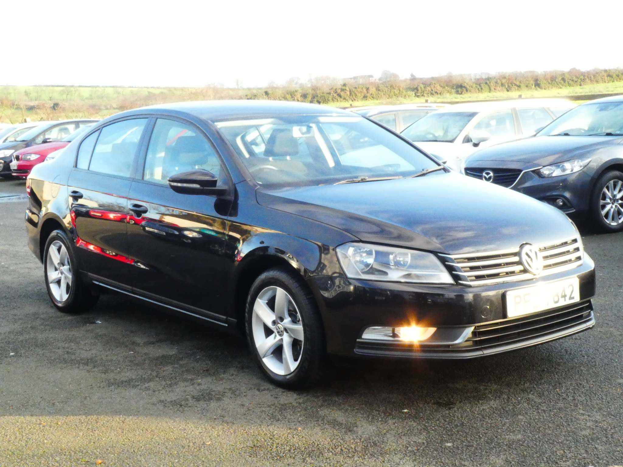 2013 VOLKSWAGEN Passat 1.6 TDI BlueMotion Tech S (s/s) Diesel Manual excellent example full history – FC Motors 52 Carntall Rd, Newtownabbey BT36 5SD