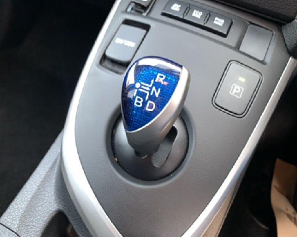 2015 Toyota Auris HYBRID VVT-I ICON PLUS Hybrid Electric Cvt  – Gary Hutchinson Car Sales Belfast full