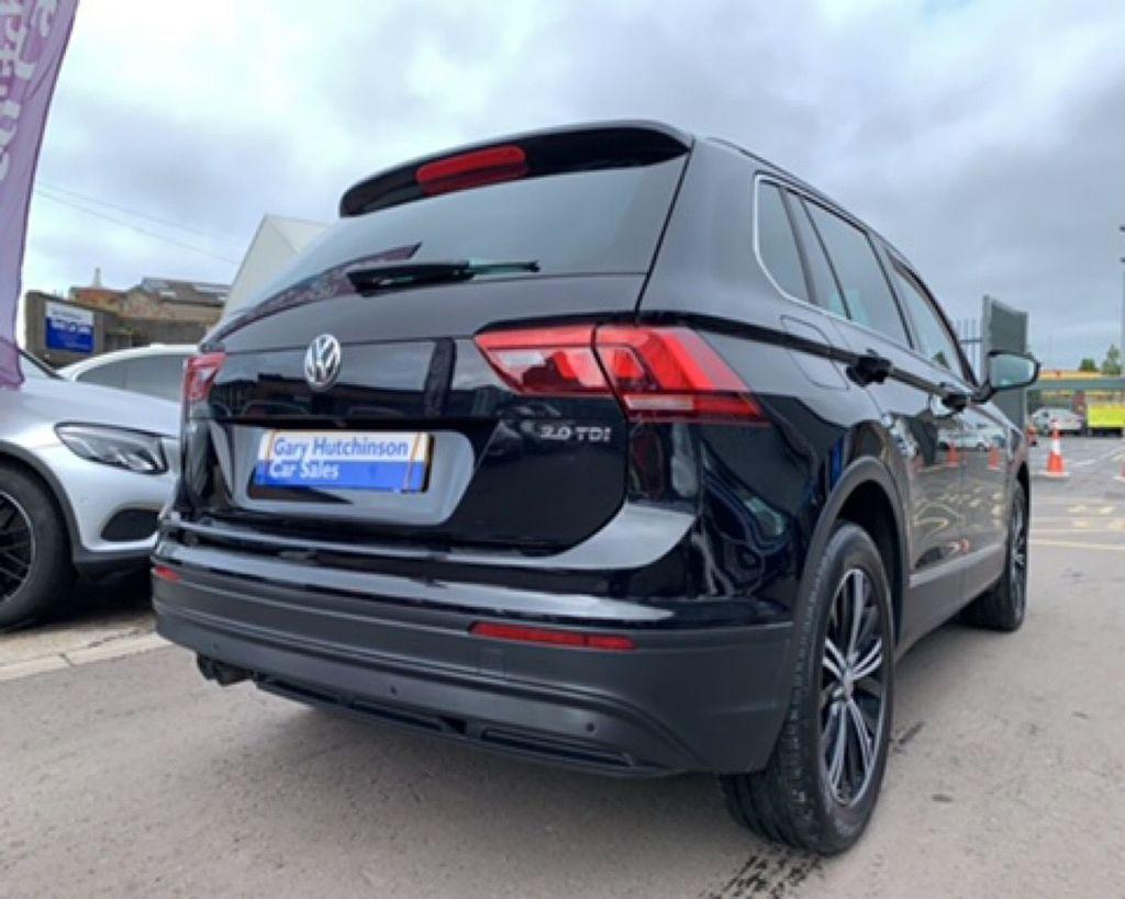 2017 Volkswagen Tiguan 2.0 SE TDI BMT Diesel Manual  – Gary Hutchinson Car Sales Belfast full