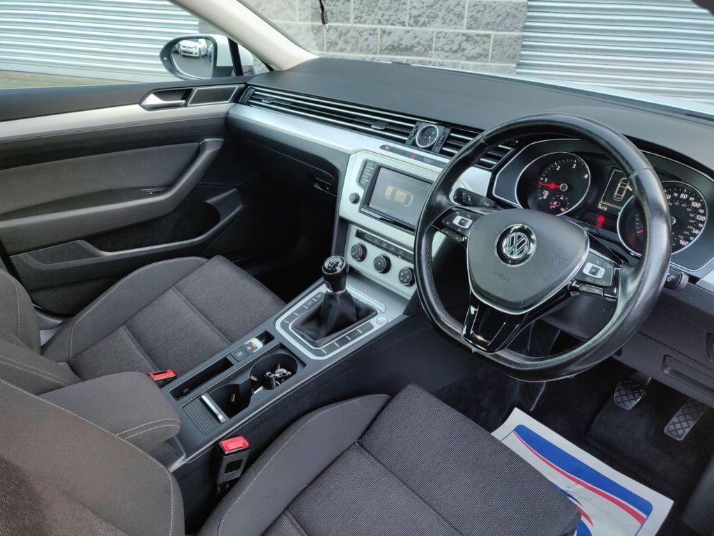 2015 Volkswagen Passat 2.0 SE TDI BLUEMOTION TECHNOLOGY Diesel Manual NOX is €405 VRT is €2029 – Grange Road Motors Cookstown full