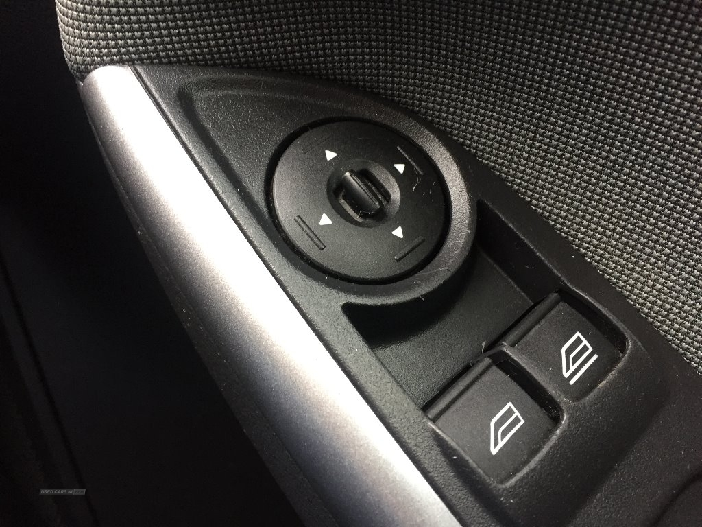2012 Ford Focus 1.6  Edge  5dr Petrol Manual  – JF Car Sales Ballymoney full