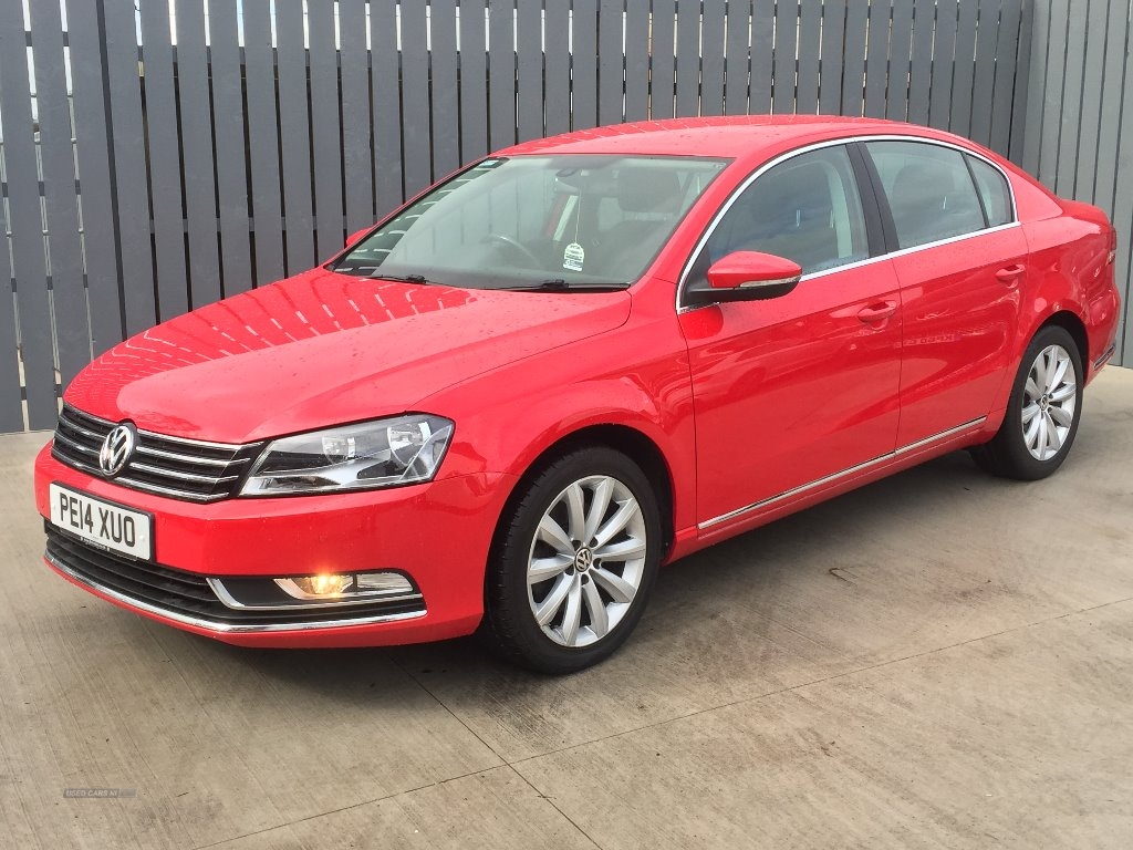2014 Volkswagen Passat HIGHLINE  TDI  BLUEMOTION  AUTOMATIC  DSG  ONLY  25,000  … Diesel Automatic  – JF Car Sales Ballymoney