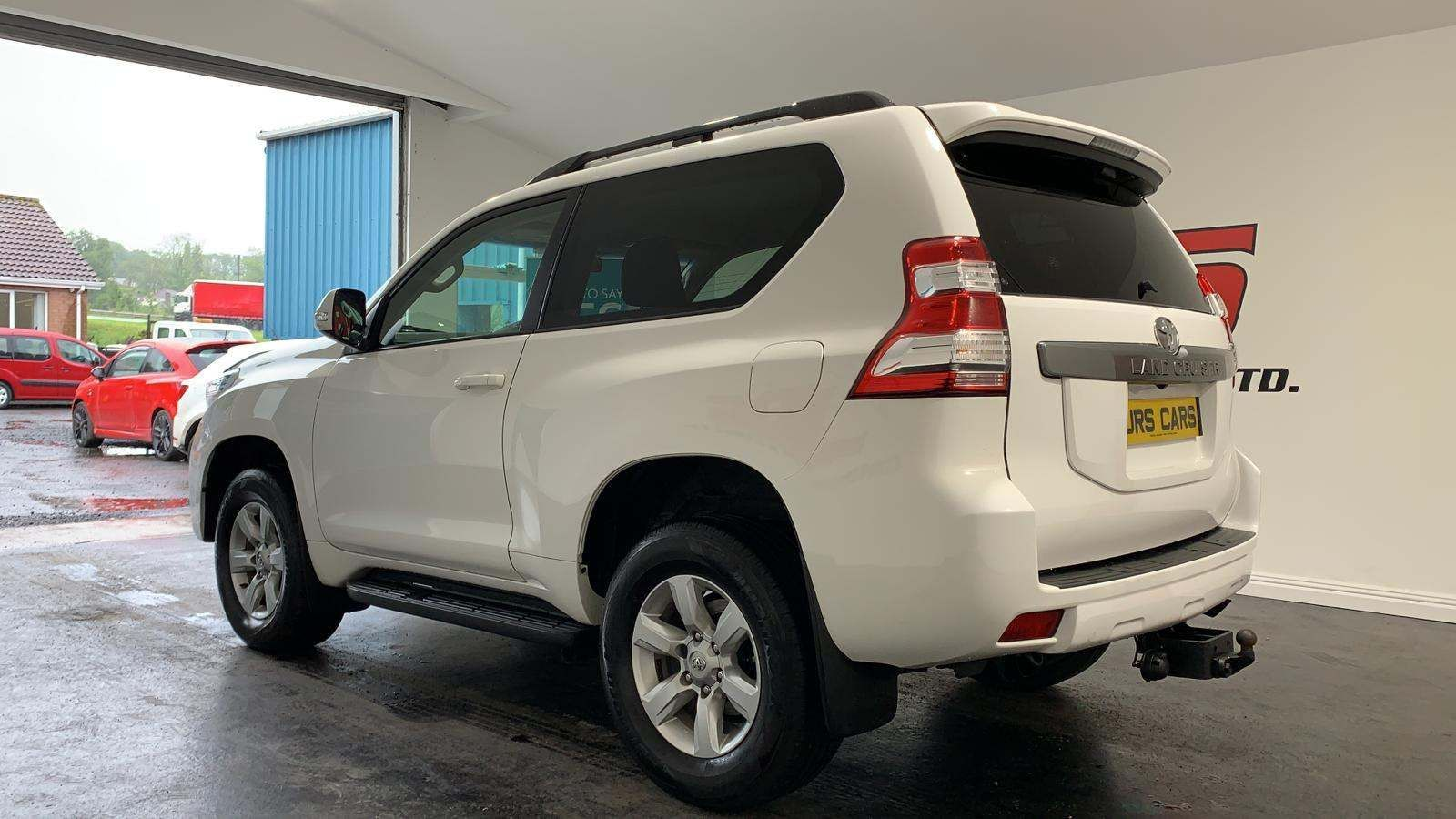 2014 TOYOTA Land Cruiser 3.0 D-4D Active  (5 Seats) Diesel Manual *SWB- Privacy Glass- Tow Bar* – J R S Commercials And Cars Dungannon full