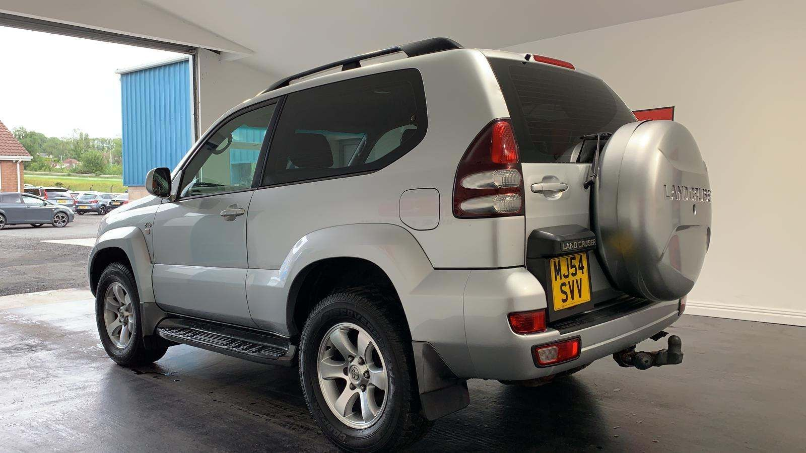 2004 TOYOTA Land Cruiser 3.0 D-4D LC3 Diesel Manual Short Wheel Base – J R S Commercials And Cars Dungannon full