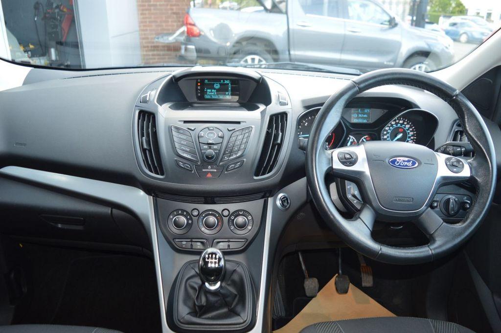2015 Ford Kuga 2.0 ZETEC TDCI Diesel Manual  – McCabe Autos Belfast full