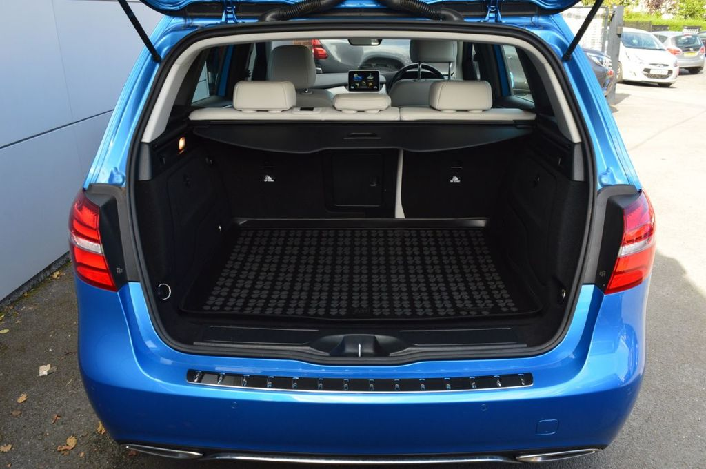 2015 Mercedes-Benz B Class B-CLASS 1.5 B 180 D SPORT PREMIUM   LATE 2015 Diesel Automatic  – McCabe Autos Belfast full