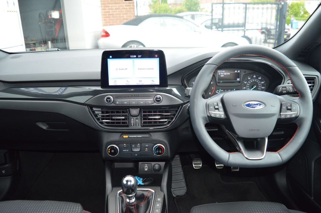 2019 Ford Focus G   0.0 ST-LINE Petrol Manual  – McCabe Autos Belfast full