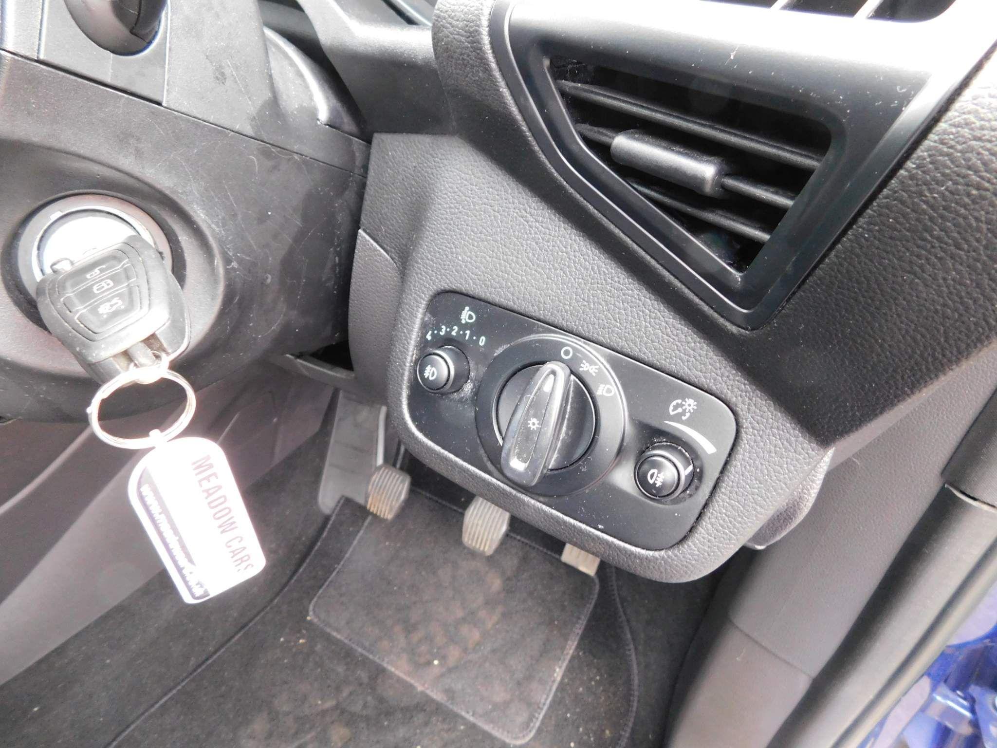 2018 FORD C-Max 1.0T EcoBoost Zetec (s/s) Petrol Manual due in – Meadow Cars Carrickfergus full