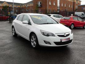 2011 VAUXHALL Astra 1.4 16v SRi Petrol Manual JUST IN – Meadow Cars Carrickfergus