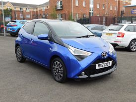 2019 TOYOTA AYGO 1.0 VVT-i x-clusiv3 x-shift Petrol Automatic Great spec Auto – Meadow Cars Carrickfergus