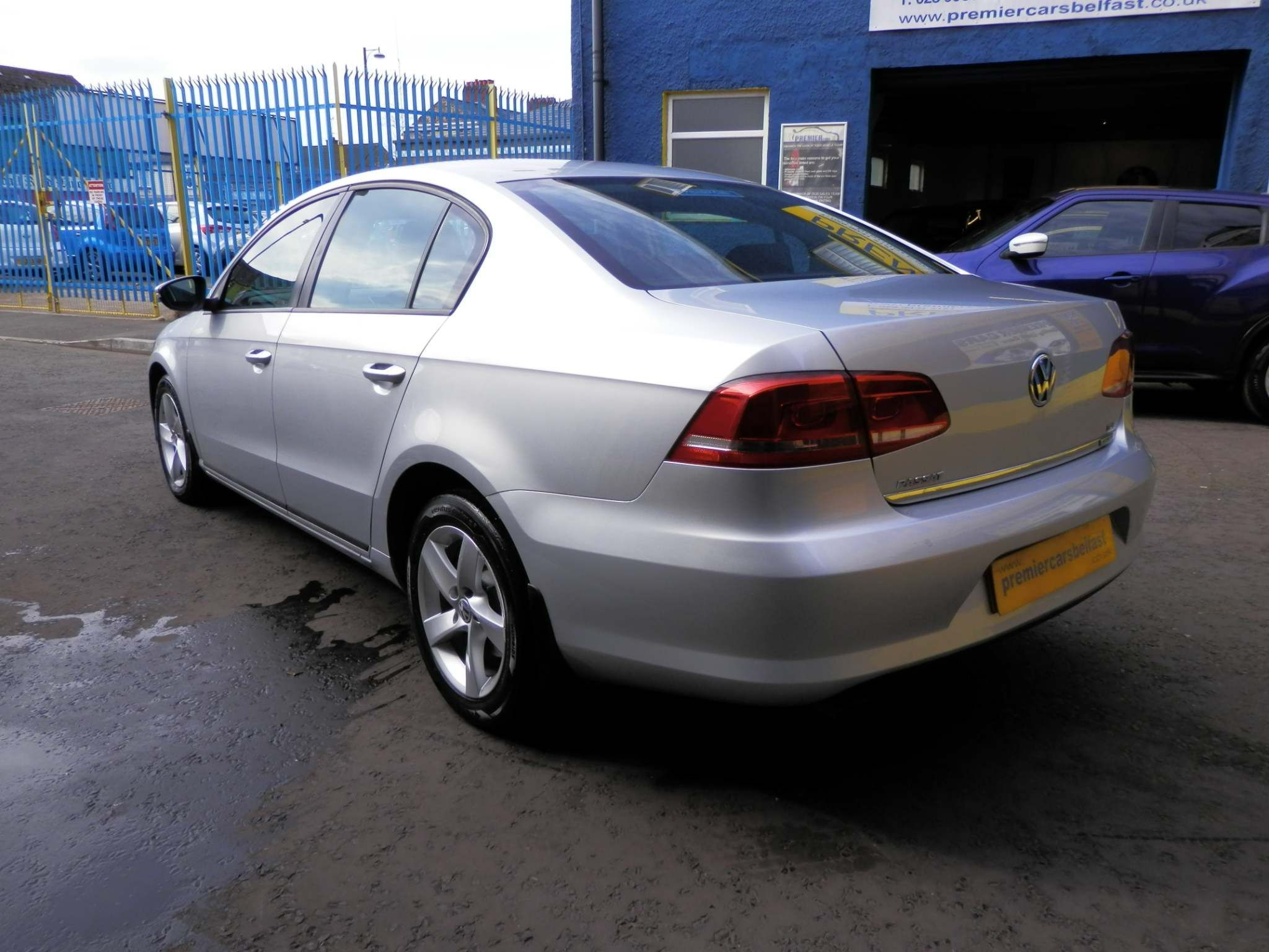 2012 VOLKSWAGEN Passat 1.6 TDI BlueMotion Tech S (s/s) Diesel Manual  – Premier Cars Belfast Belfast full