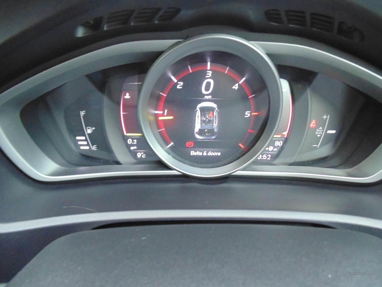 2017 Volvo V40 D4  [190]  R  DESIGN  Nav  Plus  5dr Diesel Manual  – Sam Creith Motors Ballymoney full