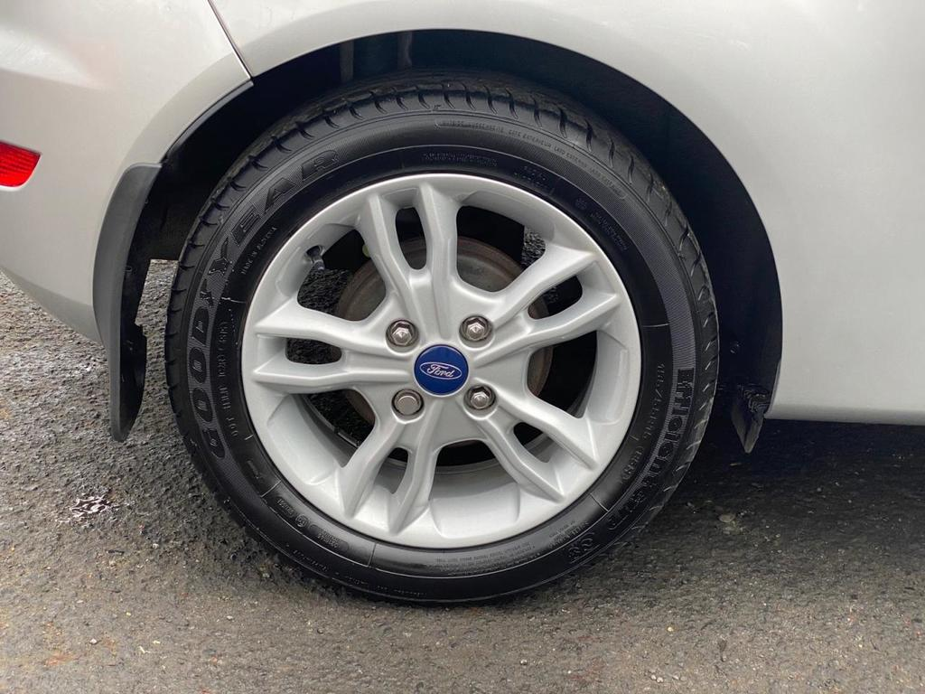 2016 Ford Fiesta 1.2 ZETEC Petrol Manual  – Stephen Mawhinney Motors Ballyclare full