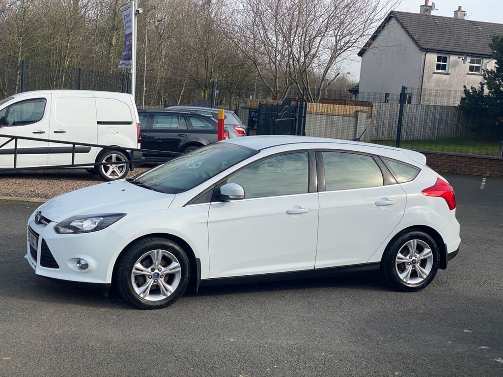 2013 Ford Focus 1.0 ZETEC Petrol Manual  – Stephen Mawhinney Motors Ballyclare full